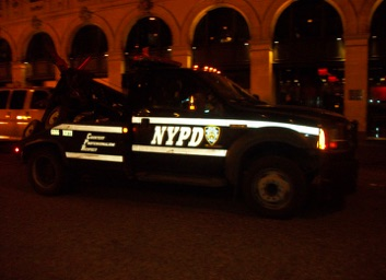 Reflective NYPD tow truck f06ff